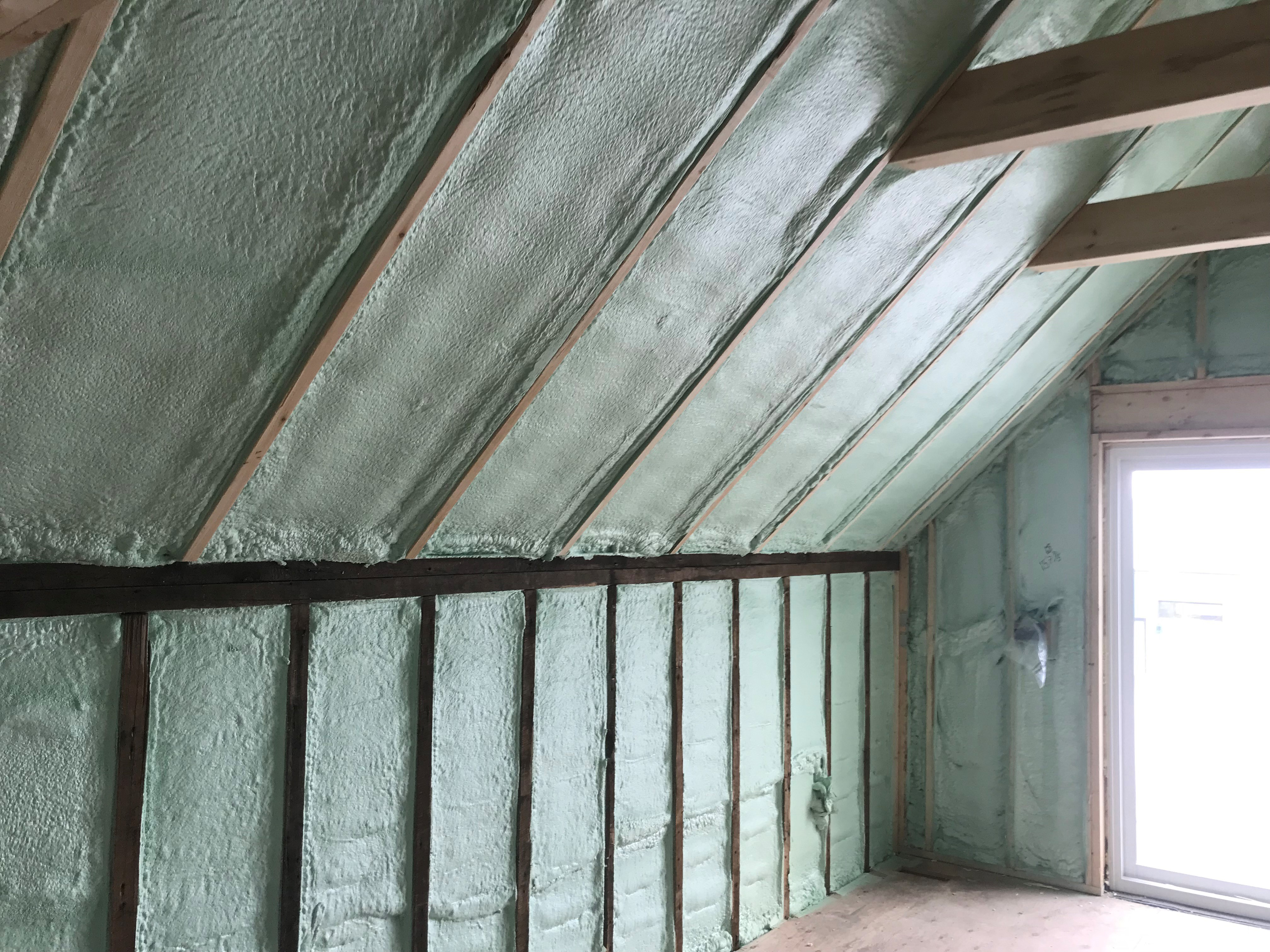spray foam insulation muskoka